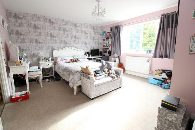 Bedroom  of London Road, West Kingsdown TN15