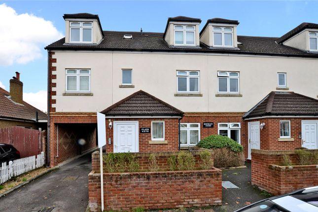 Picture No. 04 of Brinkley Court, 32 Brinkley Road, Worcester Park KT4