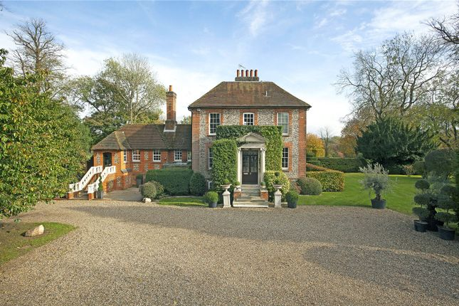 Thumbnail Property for sale in 61 Sheepcote Dell Road, Holmer Green, Buckinghamshire