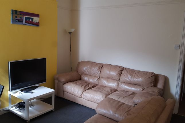 Thumbnail Terraced house to rent in Melbourn Road, Sheffield