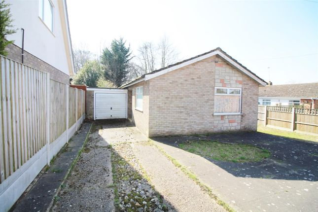 Thumbnail Detached bungalow for sale in Manor Ridge, Blofield, Norwich