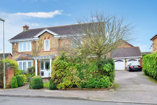 Thumbnail Detached house for sale in Turnstone Green, Bicester