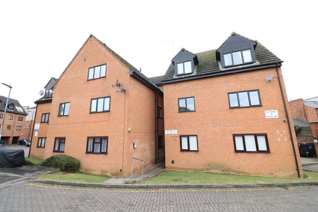 Thumbnail Flat for sale in Highgrove Court, Off Portland Road, Rushden