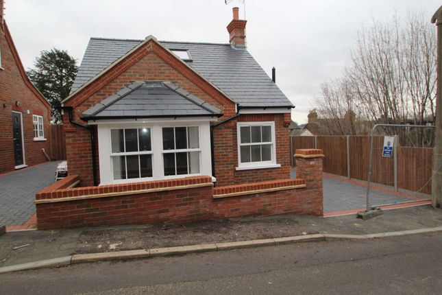 Thumbnail Detached house for sale in St. Marys Road, Hemel Hempstead