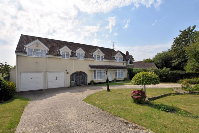 Thumbnail Detached house for sale in Calcot Row, Bath Road, Reading