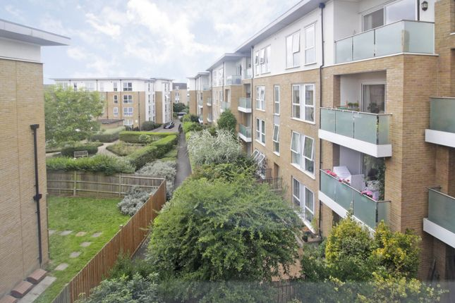 Thumbnail Flat for sale in East Dulwich Road, East Dulwich