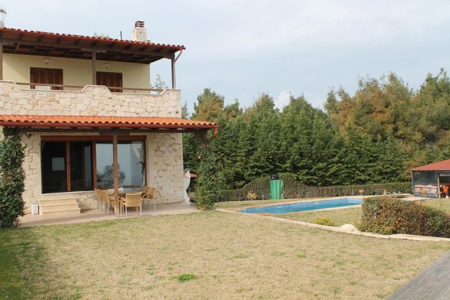 Thumbnail Villa for sale in Kryopigi, Chalkidiki, Gr