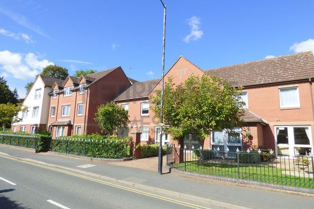 Thumbnail Flat for sale in Malin Court, Alcester