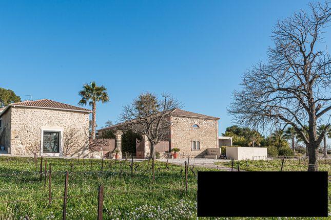Villa for sale in Beziers, Herault (Montpellier, Pezenas), Occitanie