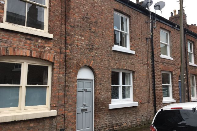 Thumbnail Town house to rent in St. Georges Street, Macclesfield