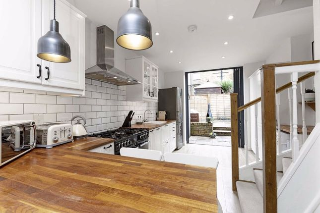 Property for sale in Cowick Road, London