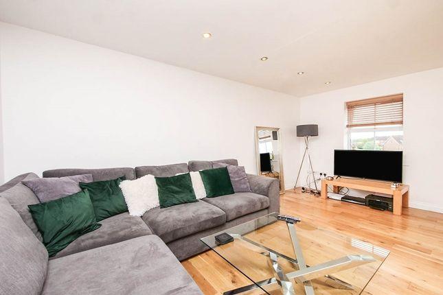 Thumbnail Flat to rent in Cobham Way, York