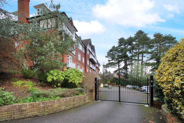 Thumbnail Flat to rent in Kingswood Road, Tunbridge Wells