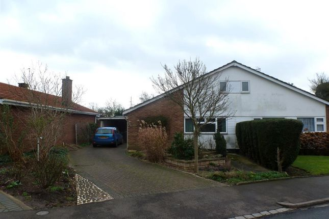 Thumbnail Bungalow to rent in Brickfield Road, Renhold, Bedford