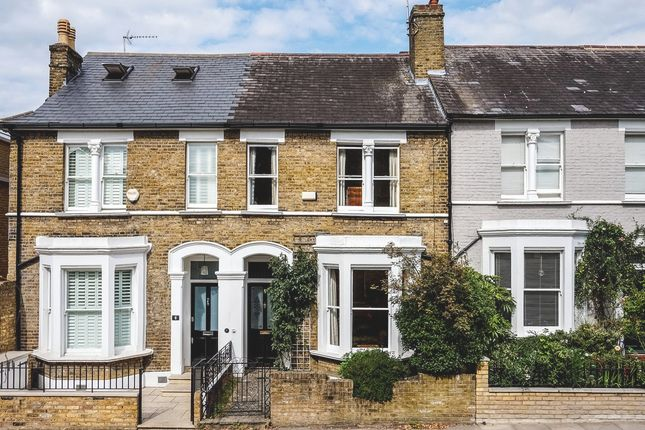 Thumbnail Terraced house for sale in Halford Road, Richmond