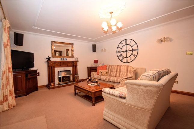Lounge of Bank End, North Somercotes LN11
