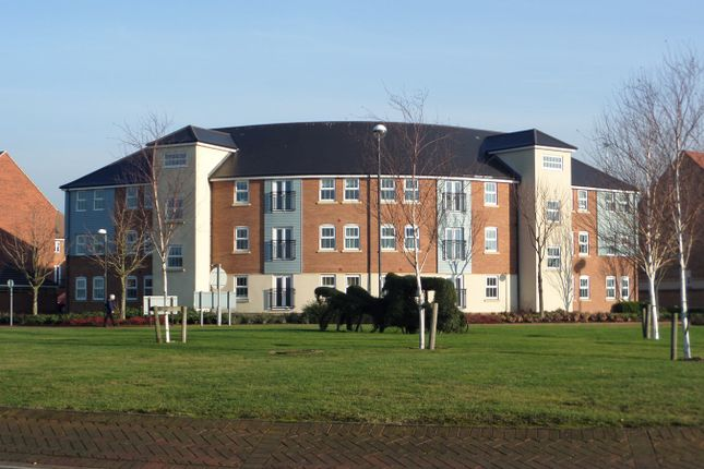2 bed flat for sale in Windermere Drive, Doncaster DN4