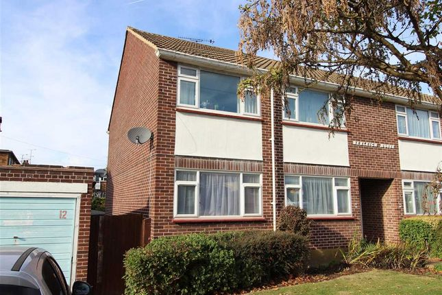 2 bed flat for sale in Downhall Road, Rayleigh