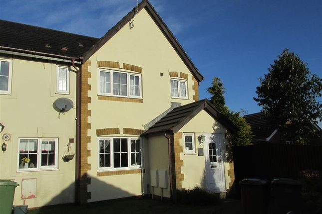 Thumbnail Property to rent in Glasfryn, Highfields, Blackwood