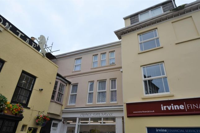 Flat to rent in The Square, Barnstaple