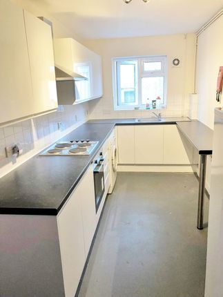 Kitchen of The Avenue, Brighton BN2