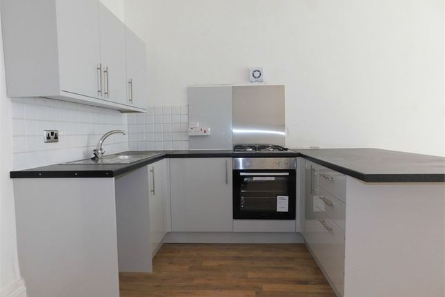 Thumbnail Flat to rent in Crosby Road South, Seaforth, Liverpool, Merseyside