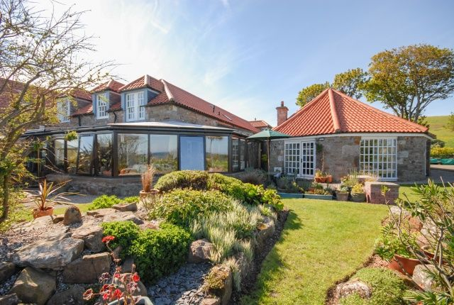 Thumbnail Farmhouse for sale in Caiplie Court, Anstruther, Fife