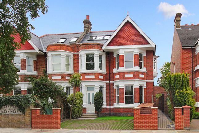 Thumbnail Flat for sale in Twyford Avenue, London