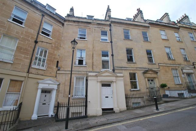 Thumbnail Maisonette to rent in Park Street, Bath