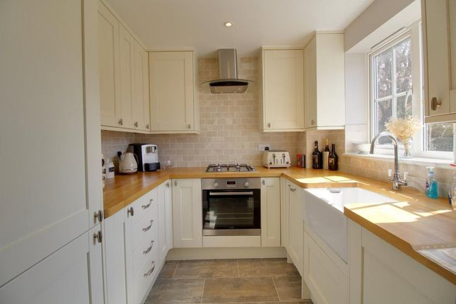 Thumbnail Terraced house to rent in Fontwell Close, Aldershot