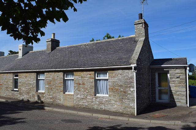 Thumbnail Cottage for sale in Crescent Street, Halkirk