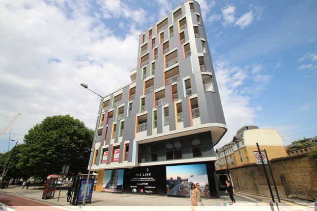 Thumbnail Flat for sale in The Link Building, Wellesley Terrace, Old Street