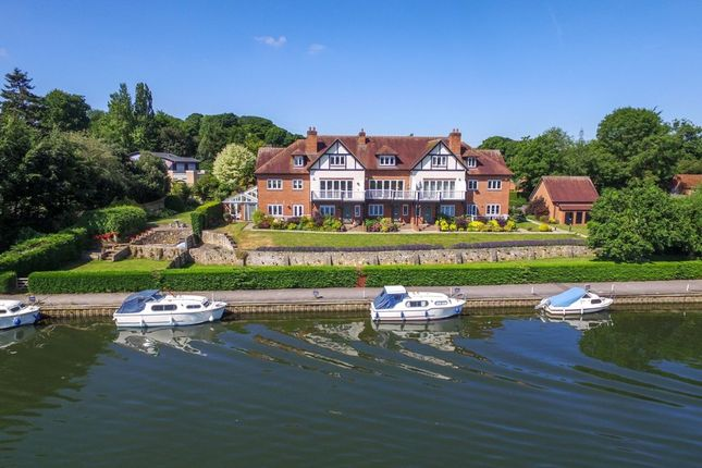 Thumbnail Property for sale in Thameside Reach, Ferry Lane, Moulsford
