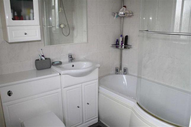 Bathroom of Bluebell Close, Kirby Muxloe, Leicester LE9