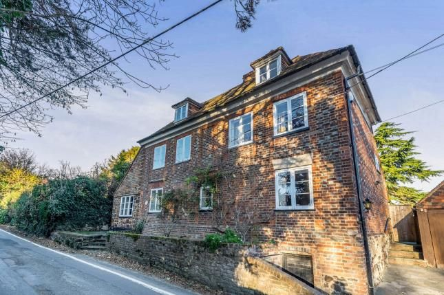 Thumbnail Detached house for sale in Taylors Lane, Trottiscliffe, West Malling