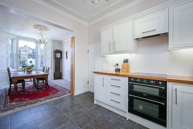 Kitchen Alt of Tomlins Grove, London E3