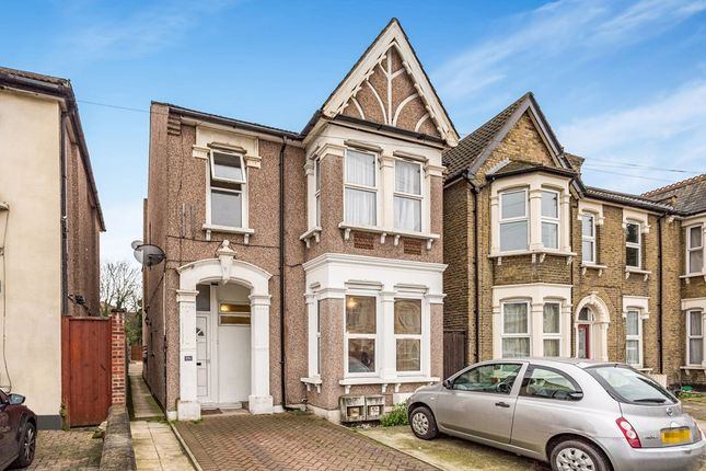 1 bed flat to rent in Wellesley Road, Ilford