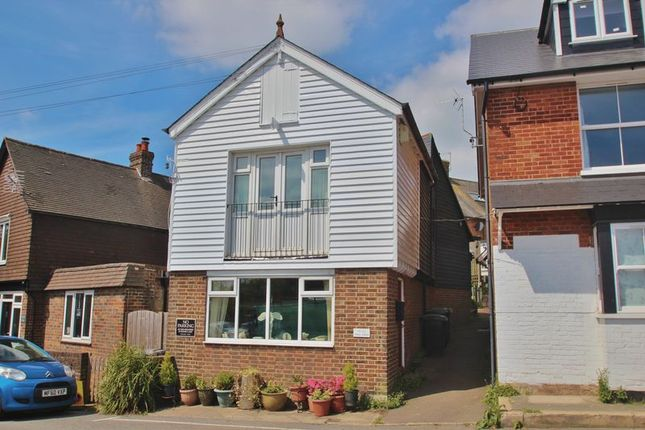 Thumbnail Property for sale in Sparrows Green, Wadhurst