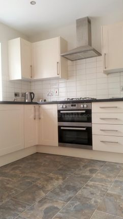 Thumbnail Shared accommodation to rent in Potters Gate, Farnham, Surrey