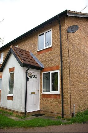 Thumbnail Town house to rent in Oaktree Close, Hamilton, Leicester