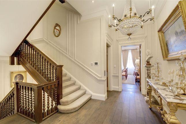 Hallway of Lygon Place, Belgravia, London SW1W