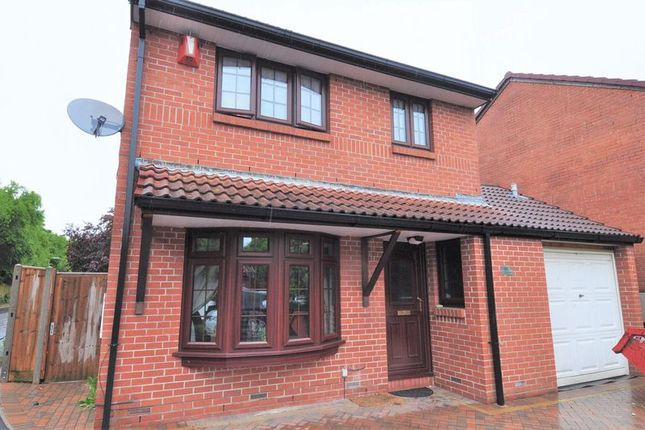 Thumbnail Detached house for sale in Dickens Dell, Totton, Southampton