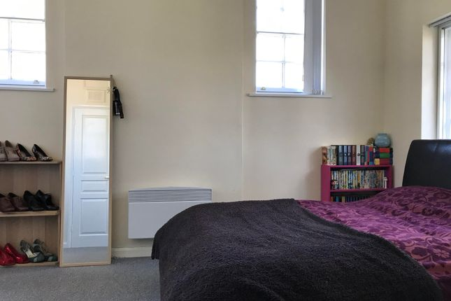 Bedroom of The Drive, Countesthorpe, Leicester LE8