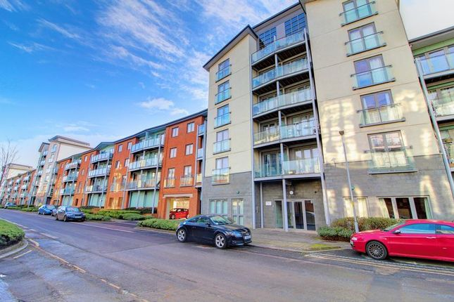 1 bed flat to rent in Worsdell Drive, Gateshead