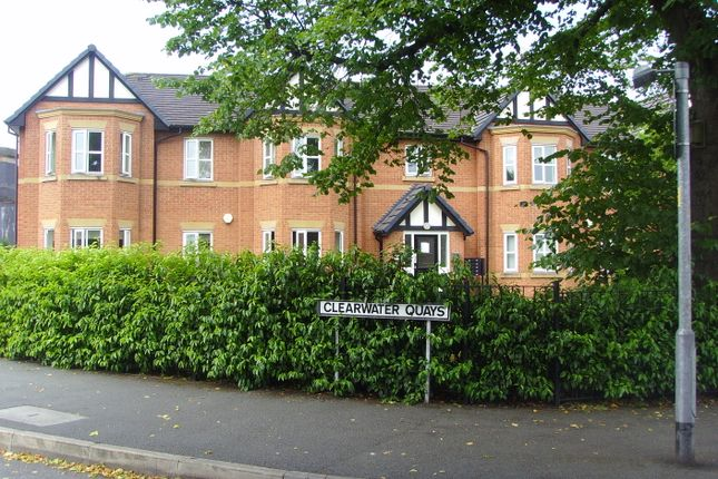 Thumbnail Flat to rent in Thelwall Lane, Latchford, Warrington