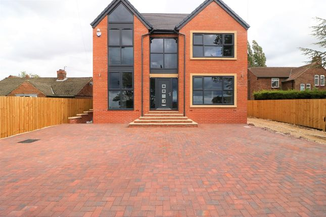 Thumbnail Detached house for sale in South Marsh Lane, Grimsby DN418An
