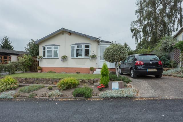 Mobile/park home for sale in Knightwood Drive, Killarney Park, Arnold, Nottingham