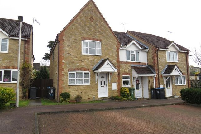 Thumbnail Property to rent in Slippers Hill, Hemel Hempstead