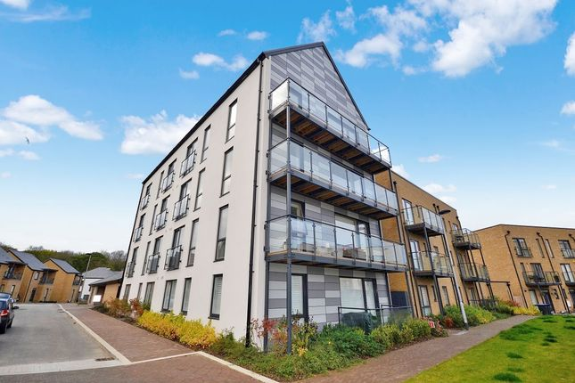 Thumbnail Flat for sale in Crossbill Way, Newhall, Harlow