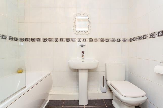 Bathroom of Boleyn Court, Dalkeith Avenue, Blackpool, Lancashire FY3